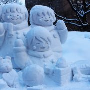 snow-carving-837401_1920